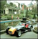Qui roule dans cette Lotus Seven Série II ?