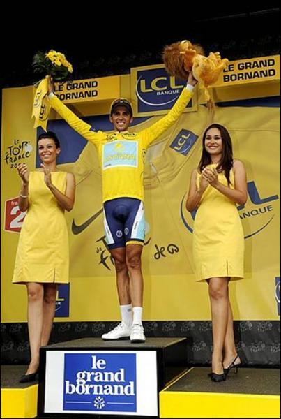 Quel français a endossé le maillot jaune après la deuxième étape Bruxelles / Spa ?