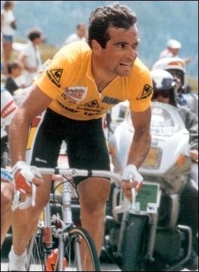 5 tours de France, 3 tours d'Italie, 2 tours d'Espagne et Champion du Monde, et en plus on l'appelle 'Blaireau', c'est Bernard ...