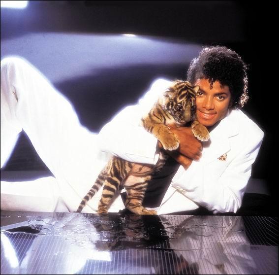 Qui chanta 'Thriller' en 1982 ?