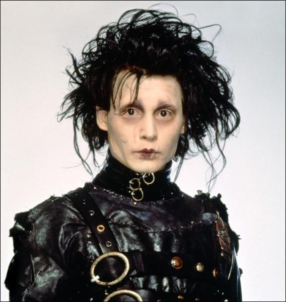 Dans ce film quelle est la particularité du personnage incarné par Depp ?