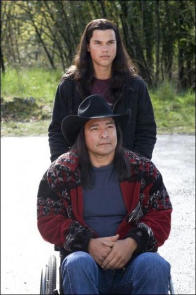De quelle tribu ces deux personnages font-ils partie ?