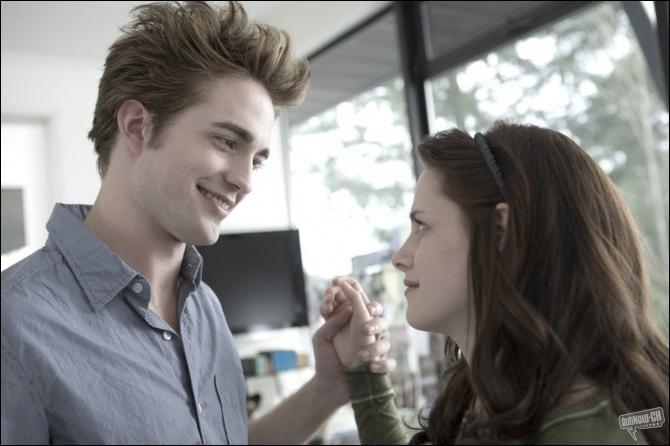 Quelle musique Bella et Edward écoutent-ils lorsqu'ils sont dans la chambre de ce dernier ?