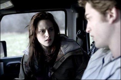 Comment Edward arrive-t-il à éteindre le chauffage dans la voiture ?