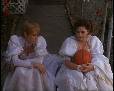 Dans quel film deux femmes amoureuses jouent au basket, nues, au milieu de la nuit ?
