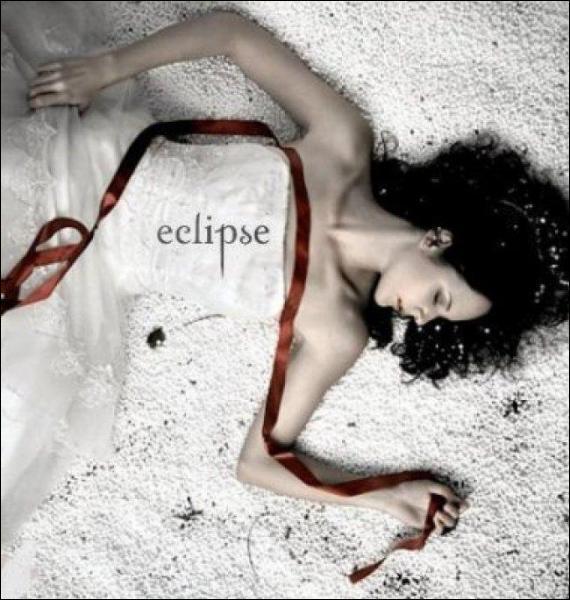 Qui veut tuer Bella dans 'Hésitation' ?