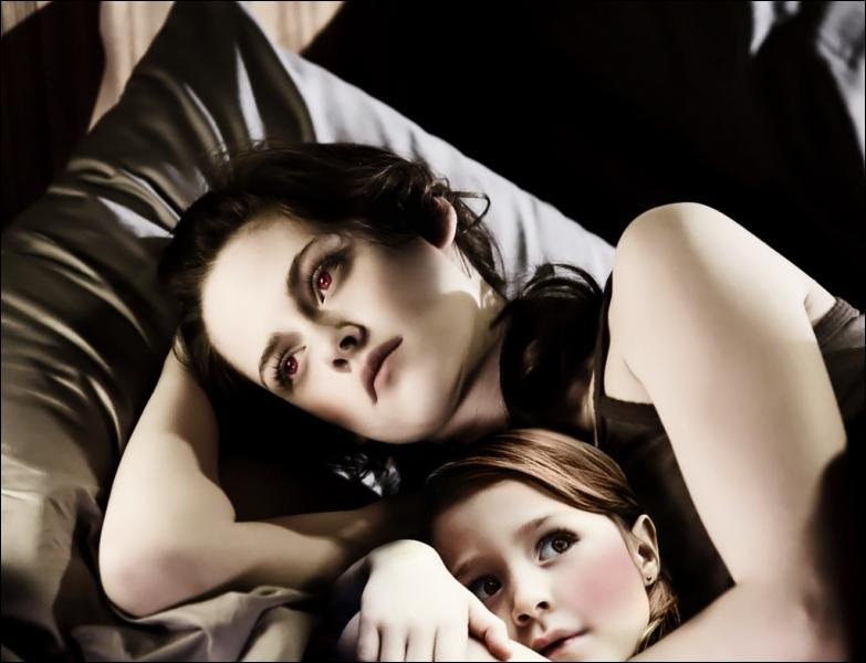 Comment s'appelle la fille de Edward et de Bella ?