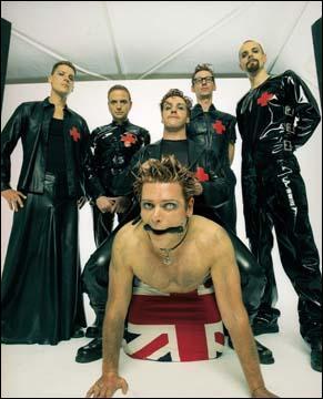 Quel titre de Depeche Mode Rammstein reprend en 1998 ?