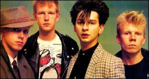 En quelle année fut formé le groupe sous le nom Depeche Mode ?
