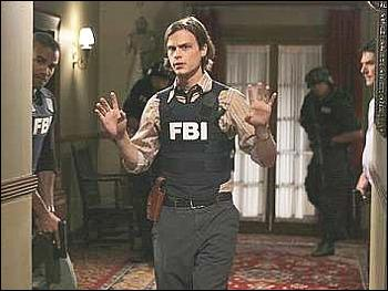 Dans quelle saison d'Esprits Criminels Spencer se fait-il tirer dessus ?