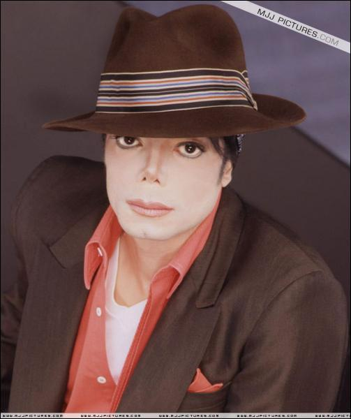 Dans quel clip Michael Jackson joue-t-il aux côtés de Marlon Brando ?