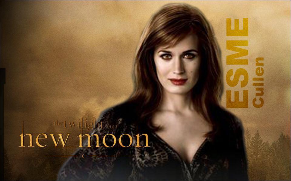 Esmée Cullen est incarnée par :