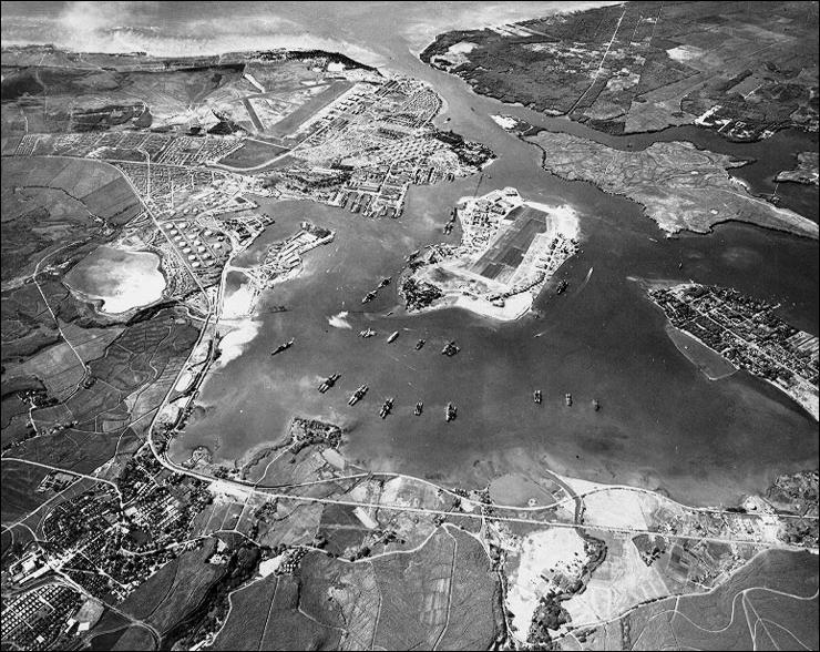 Pearl Harbor constituait la plus grande base navale américaine dans l'océan Pacifique, la flotte de guerre américaine du Pacifique comprenait alors combien d'unités ?