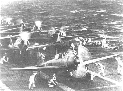 Le nombre total d'avions de l'empire japonais impliqués dans l'attaque était de ?