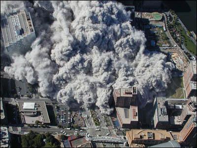 Après la tour sud, c'était sa jumelle qui s'effondrait, combien de temps après ?
