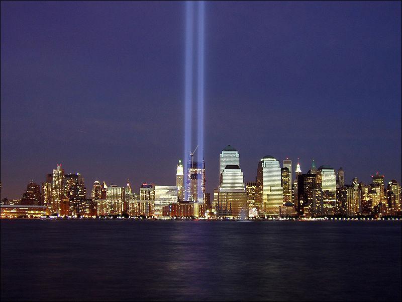 Au total, combien de personnes sont mortes dans les attentats du 11 septembre 2001 ?