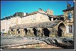 Ce joli village, dans les gorges de la Dourbie, au pied du Larzac, possède notamment une belle place : la place du Claux