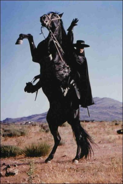Comment s'appelle le cheval de Zorro ?