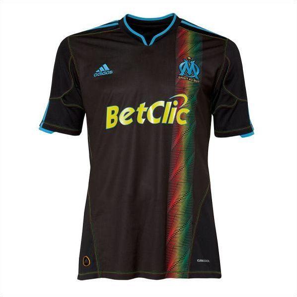 Foot : Les nouveaux maillots saison 2010-2011