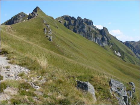 Quel est le plus haut volcan de France métropolitaine ?