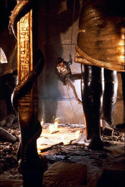 Comment s'appelle la salle ouùse trouve l'arche perdue ?