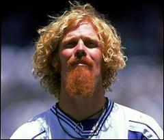 Ce fut l'un des héros américains de 1994, au look incertain.