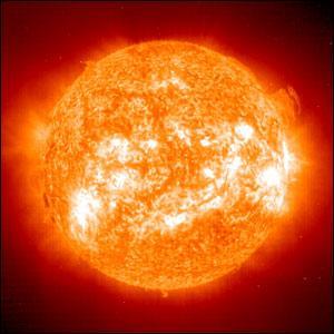 Quelle est la production énergétique annuelle du soleil ?