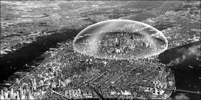Quelle ville est enfermée sous un dôme ?