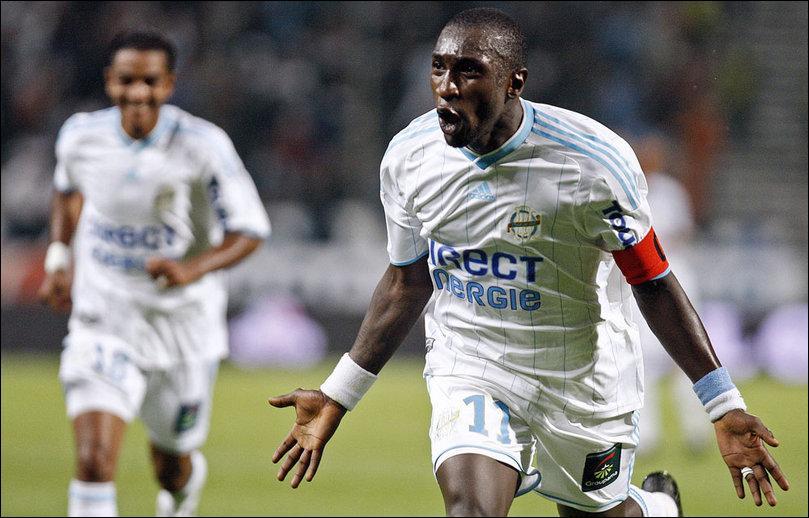 Dans quel club est parti cet attaquant, meilleur buteur de la Ligue 1 2009-2010 ?