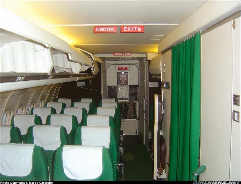 Quelle est la nationalité de la compagnie aérienne qui exploite cet avion ?