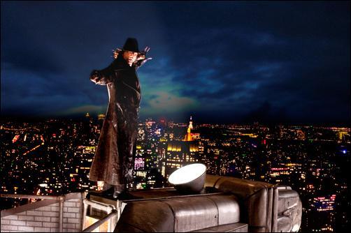 Quel animal représente la gargouille du Chrysler Building que Blake utilise pour se déplacer ?