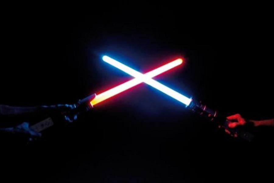 Les cristaux des sabres laser des Siths sont les mêmes que ceux des Jedis ?