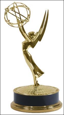 Quel prix a t-elle reçu aux Emmy Awards de 2002 ?