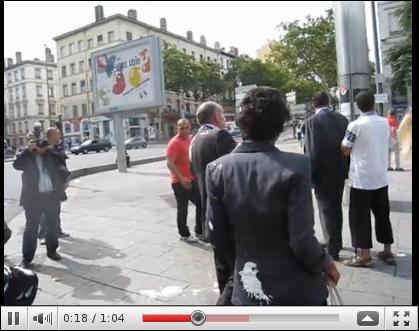 Qui a revendiqué l'entartage de Gérard Collomb, le maire de Lyon ?