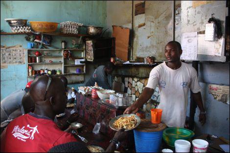 Au Sénégal, comment appelle-t-on ceux qui font semblant d'observer le ramadan, mais mangent en cachette de leur proches ?