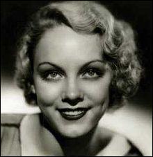 Tout comme la précédente, elle fut elle aussi une 'Ziegfried Girl' :