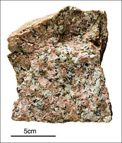 Ce minerai est une roche commune utilisée dans beaucoup de construction ?