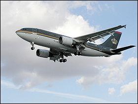 Avion de ligne long-courrier, il se distingue, à sa sortie, par son autonomie en kérosène très importante :
