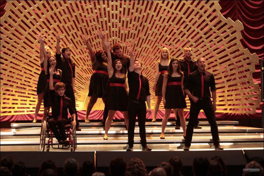 Quel acteur de la série n'a pas participé à la tournée 'Glee Live ! In Concert ! ' ?