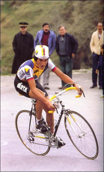 Vainqueur d'une étape de légende à l'Alpe d'Huez sur le Tour 84, premier de la Vuelta 87, il a été l'un des meilleurs grimpeurs des années 80...