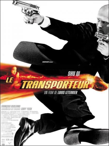 Quel acteur joue le rôle de Frank Martin dans le film ' Le transporteur ' ?
