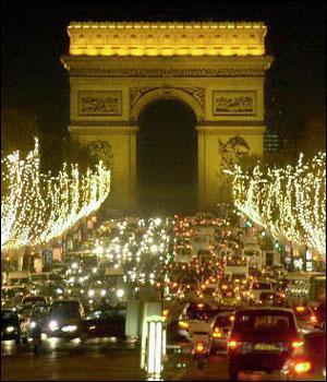 Quel personnage de Ligue1 a fait cette promesse : 'Si on est champions, je défile à poil sous les Champs Elysées' ?