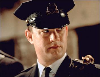 Quel est ce film où Tom Hanks joue le rôle d'un maton de prison ?