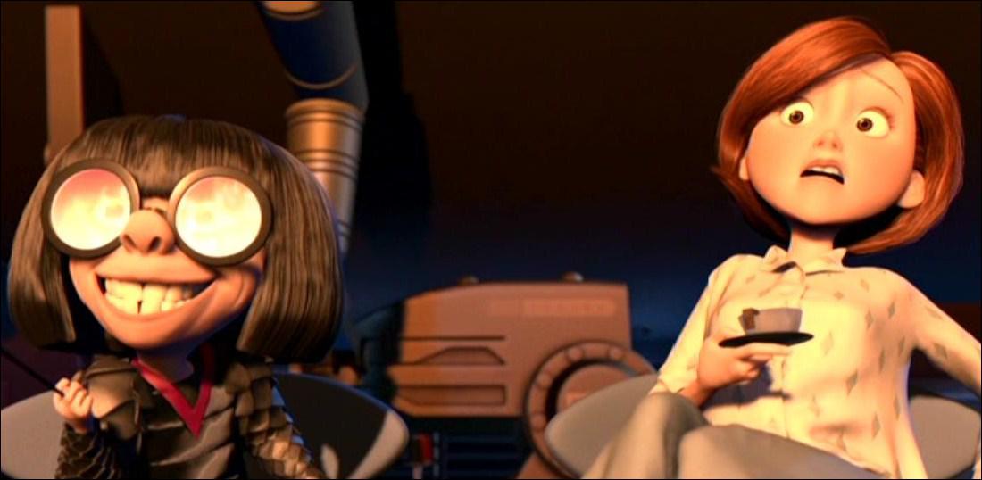 Lorsqu'Helen va voir Edna pour en savoir plus sur le costume de Bob, celle-ci lui montre sa nouvelle collection, destinée à toute la famille. Par quel costume commence-t-elle sa 'démonstration' ?