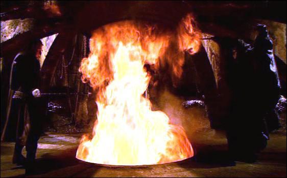 Dans le film Vidocq, qui se trouve être l'Alchimiste ?