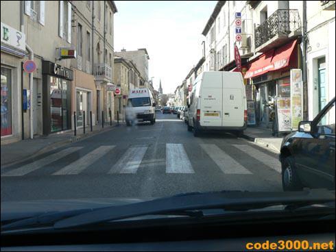 Je peux faire un arrêt entre ces véhicules :