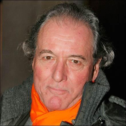 Il a dirigé Coluche dans 'L'inspecteur Labavure' et dans 'L'aile ou la cuisse', c'est Claude ...