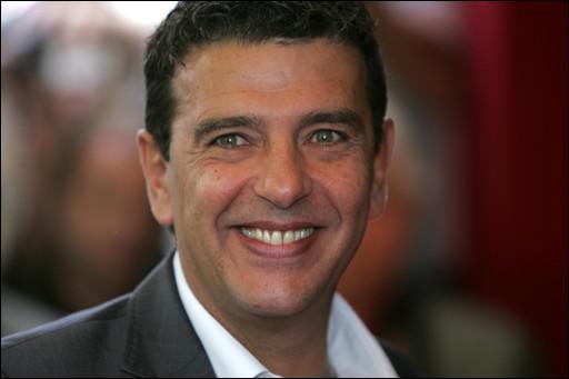 Mr Foot sur Canal + puis trop peu sur TF1 , c'est Thierry ...