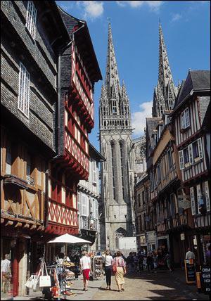 Quelle ville est considérée comme la capitale de la culture bretonne ?