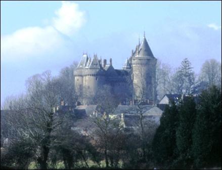 Où se trouve le château de Chateaubriand ?